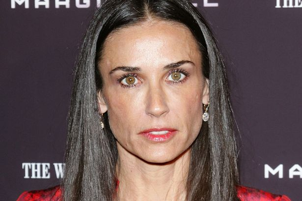 famous-recovering-alcoholics-celebrity-addicts (7)-demi-moore-drugs