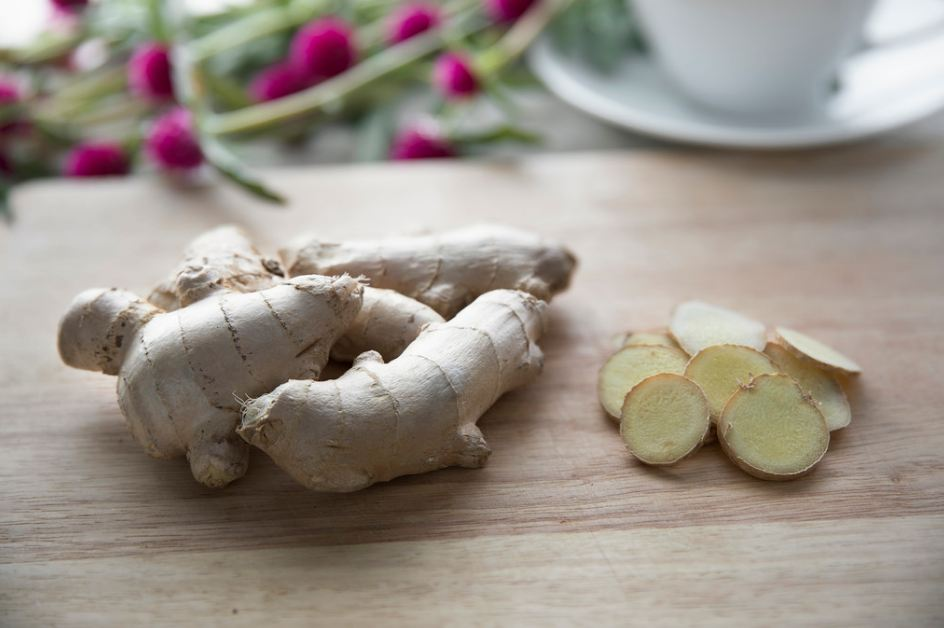 fresh-ginger-tea-health-benefits-homemade-recipes (10)-root-beverages