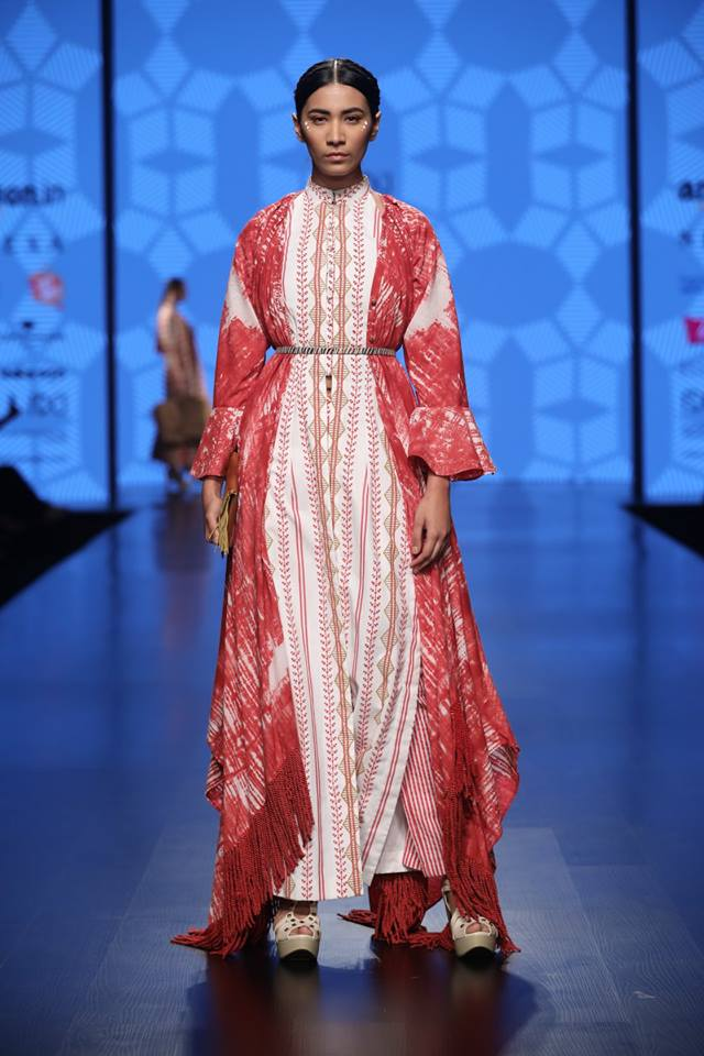 To acquire New indian designed dresses for seasonal festivals pictures trends