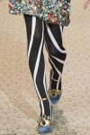 latest-fall-winter-2018-fashion-styles-tights-leggings-dolce-gabbana-zebra-stripes