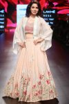 latest-lehenga-designs-trends-fashion-jacket-lehenga-indian-designer-ridhi-mehra-lfw18