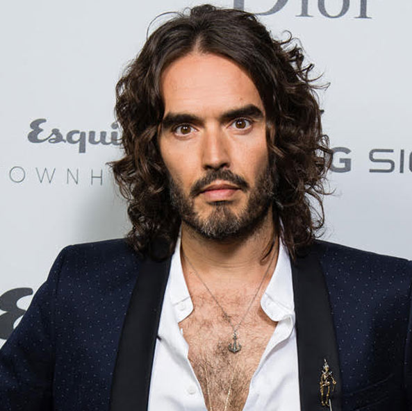 male-actors-with-long-hair-celebs-hollywood-(11)-russell-brand