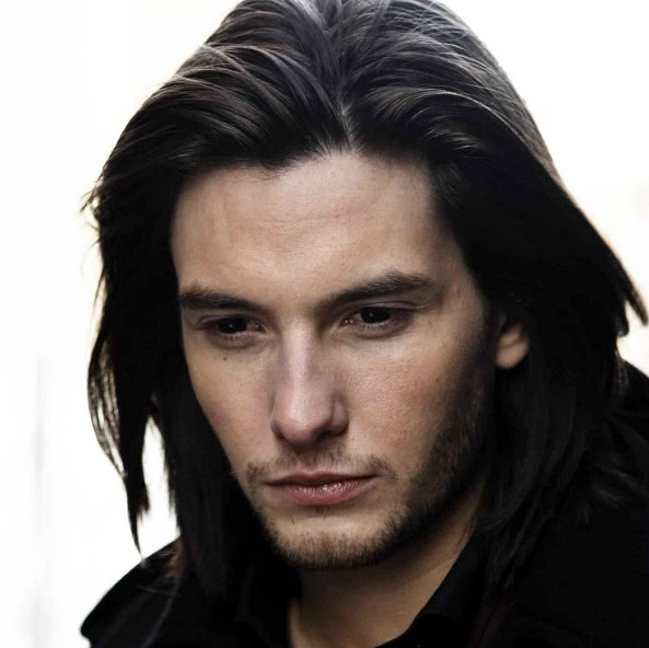male-actors-with-long-hair-celebs-hollywood (5)-ben-barnes