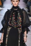 top-fashion-trends-womens-fall-winter-2018-elie-saab-victorian-vintage-sleeves