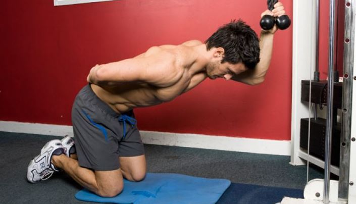 6-one-arm-kneeling-crossover-crunch-bodybuilding