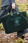 chanel-handbag-trends-fall-winter-2018-latest-green-bag