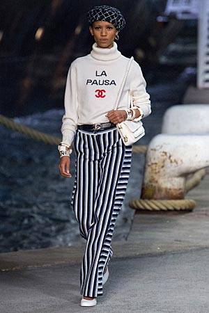 chanel-vacation-fashion-outfits-ideas-resort-2019