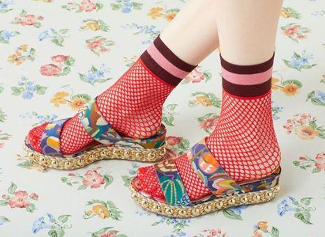 christian-louboutin-fall-winter-2018-fw18-fishnet-socks