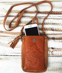 fashion-words-terminology-terms-types-of-bags-mahiya-phone-pouch-bag