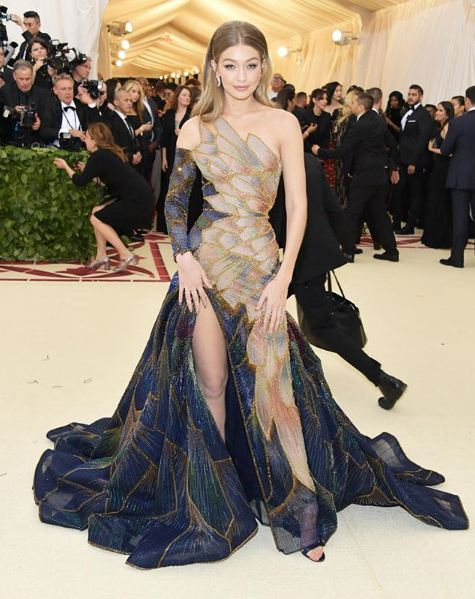 met-gala-2018-fashion-celebrity-style (29)-gigi-hadid