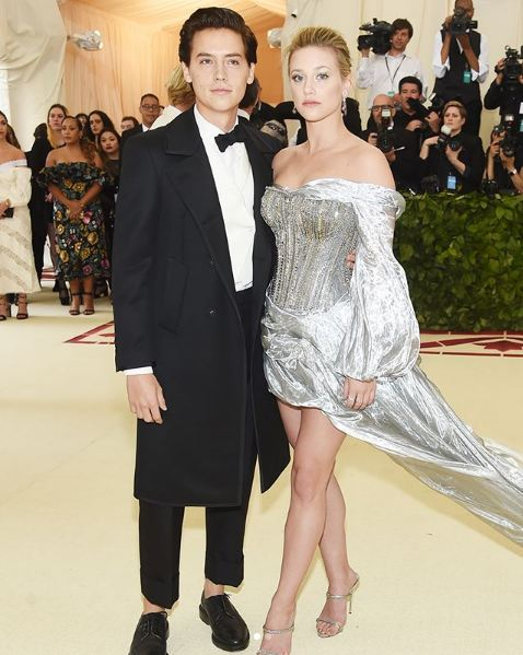 met-gala-2018-fashion-celebrity-style (5)-lili-reinhart-cole-sprouse