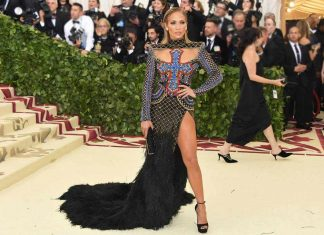 met-gala-2018-fashion-celebrity-style-jennifer-lopez-balmain-gown