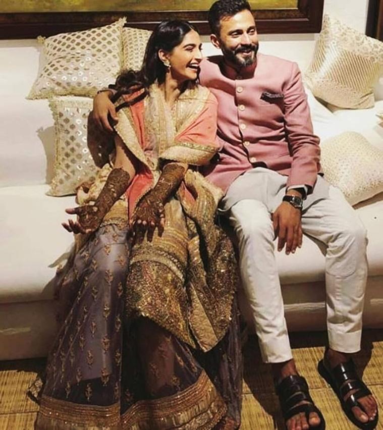 sonam-kapoor-anuradha-vakil-designer-pre-wedding-celebration-dress