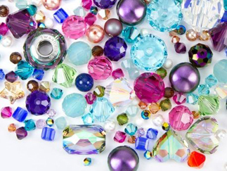 beads- artbeads-fashion-glossary-words-terminology-dictionary-surface-techniques