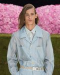 best-hairstyle-trends-side-parted-shoulder-length-hair-mens-hair-ideas-fashion-week-designer-dior-homme-ss19