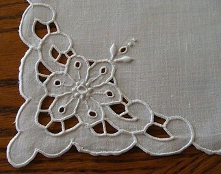 cutwork -ebay-fashion-glossary-words-terminology-dictionary-surface-techniques