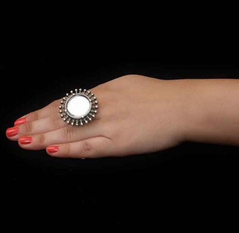 finger-ring-bharatsthali-indian-jewelry-brand