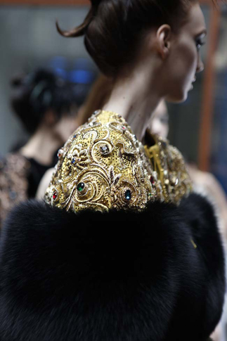 guo-pei-fw16-haute-couture-golden-motifs-work-with-colored-stones-black-fur-fall-winter-2016-17-dress-black-gold-detailing-stone-work