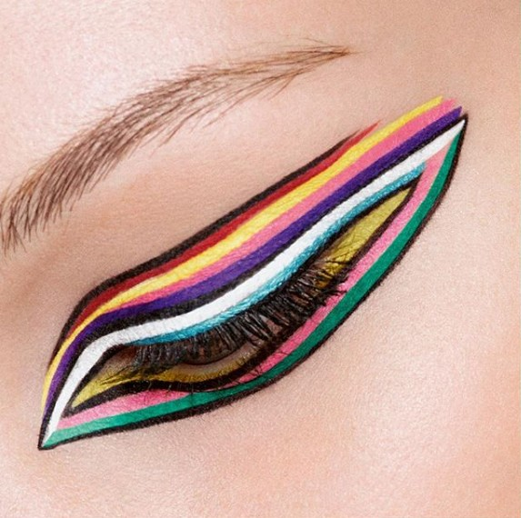 instagram-beauty-style-fashion-designer-dior- multi-lined- eyeliner-trending-makeup