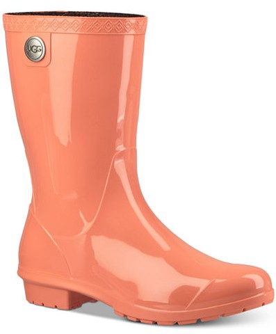 rain-boots - macy's-types-of-shoes-fashion-words-dictionary-glossary-terminology