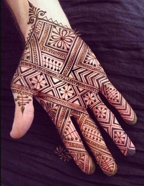 ruchi-fadte-via-pinterest- geometric-designs-inspired-mehendi-trends-fashion-style
