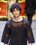 top-mens-hairstyle-trends-designs-voluminous-curls-designer-D&G
