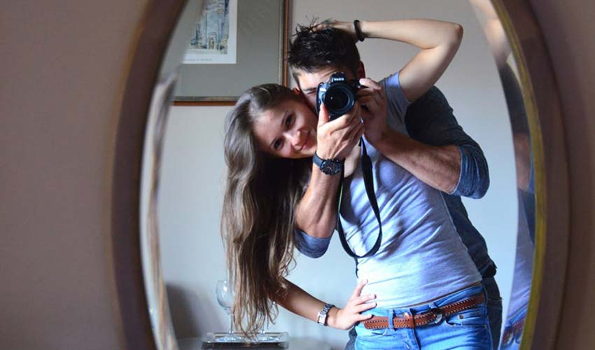 cute-couple-images-indoor-photography-ideas-poses-couple