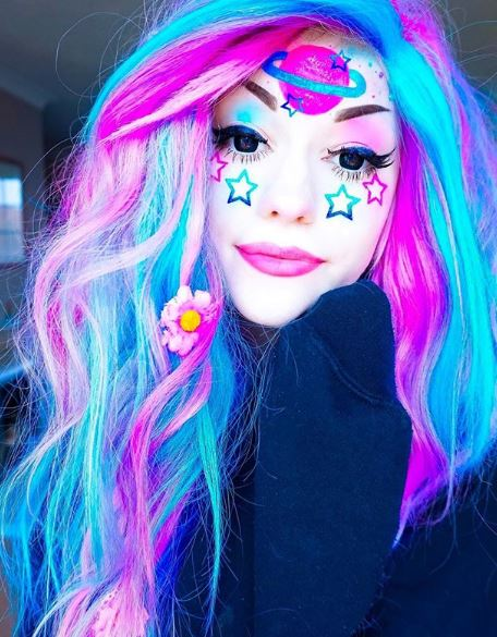 ellxtasy-fairy-kei-fashion-makeup-rainbow-colored-hair