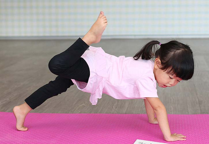 kids-yoga-poses-yoga-games-benefits-dog-pose