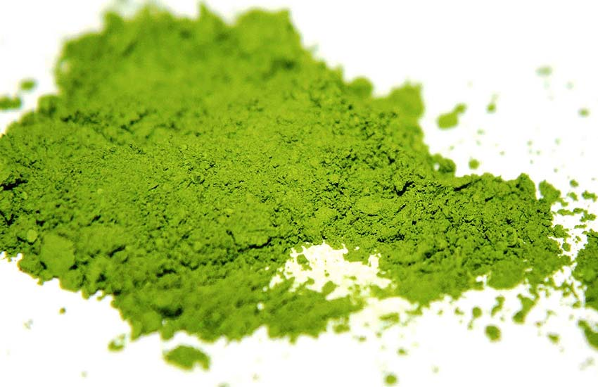 matcha-tea-powder-health-benefits-green-tea