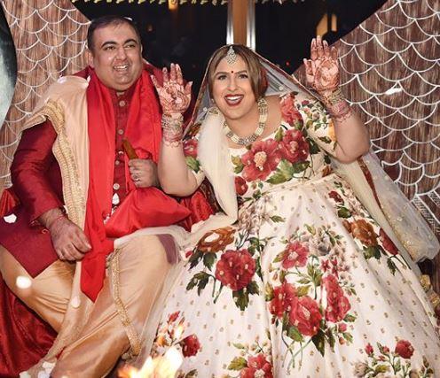 sabyasachi-indian-fashion-wear-style-wedding-bridal-attire