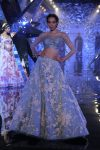Suneet Varma Indian-designer-latest lehenga choli designer 2018-illusion-trend