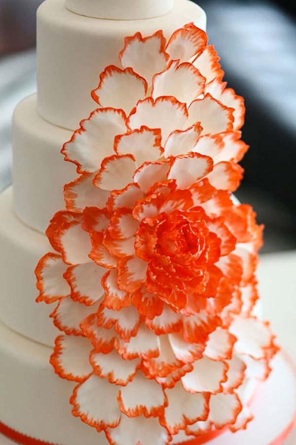 cascade-cake-latest-cake-images-ideas-trends-2018