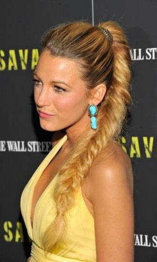hairstyle-step-by-step-tutorial-fishtail-braid-style-trends-types-of-braids