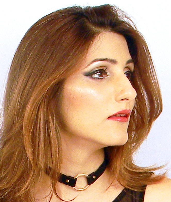 shilpa-ahuja-smokey-eye-makeup-black-choker-look (3)