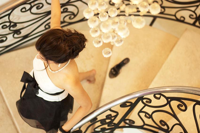 shilpa_ahuja_black_white_dress_royal_princess modern_cinderella_elegant_classy