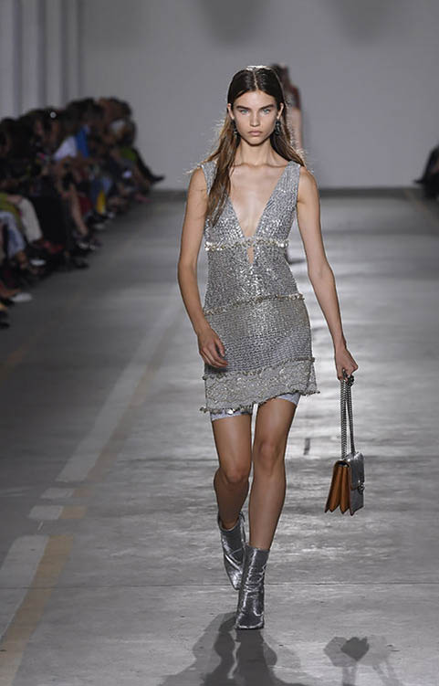 Roberto-cavalli-spring-summer-2019-ss19-milan-fashion-week-31-sequin-dress