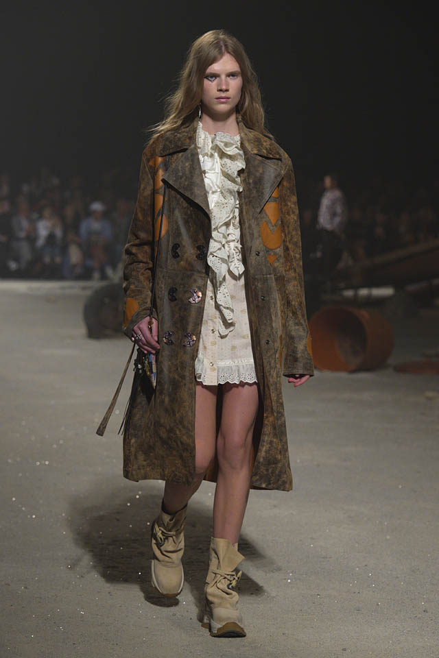 coach-spring-2019-ss19-fashion-show-nyfw-dresses (2) coat
