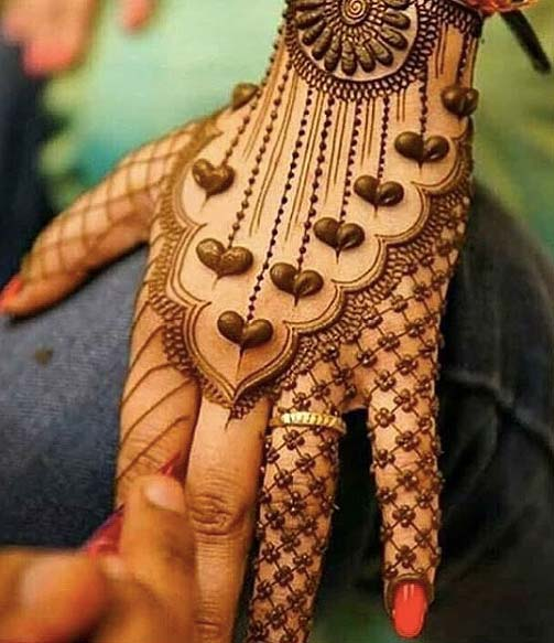 hearts-latest-mehandi-designs-trends-2018