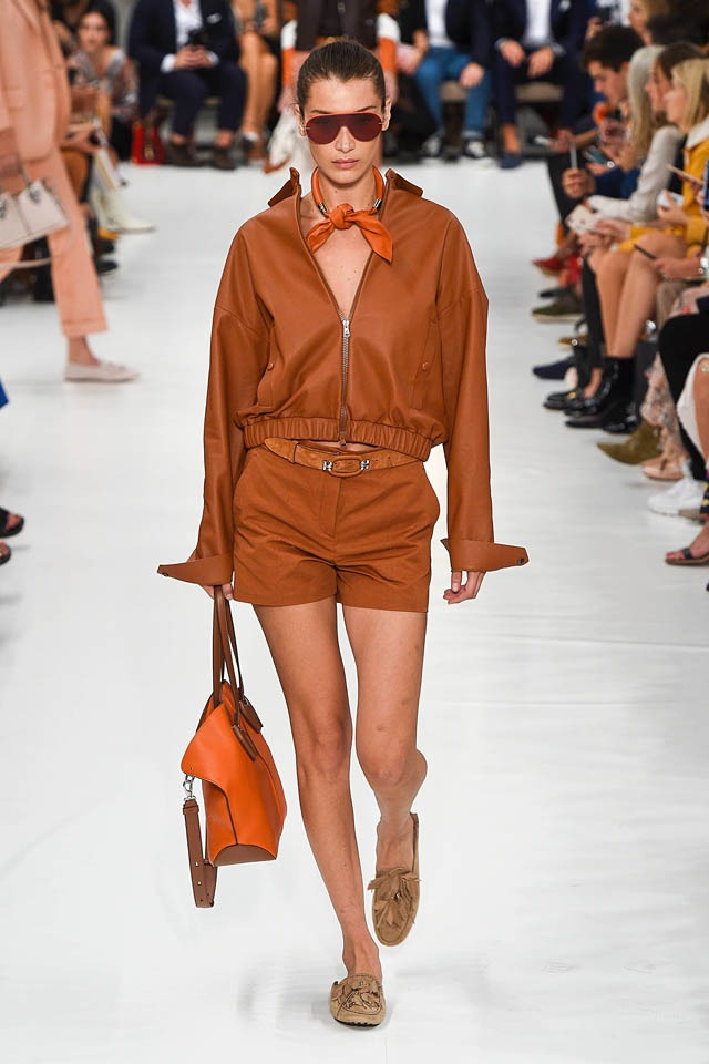 tods-bella-hadid-milan-fashion-week-best-looks-mfw-spring-2019-ss19
