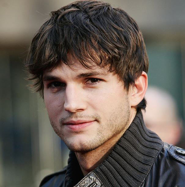 Ashton-Kutcher-best-celebrity-smile-grin-hollywood