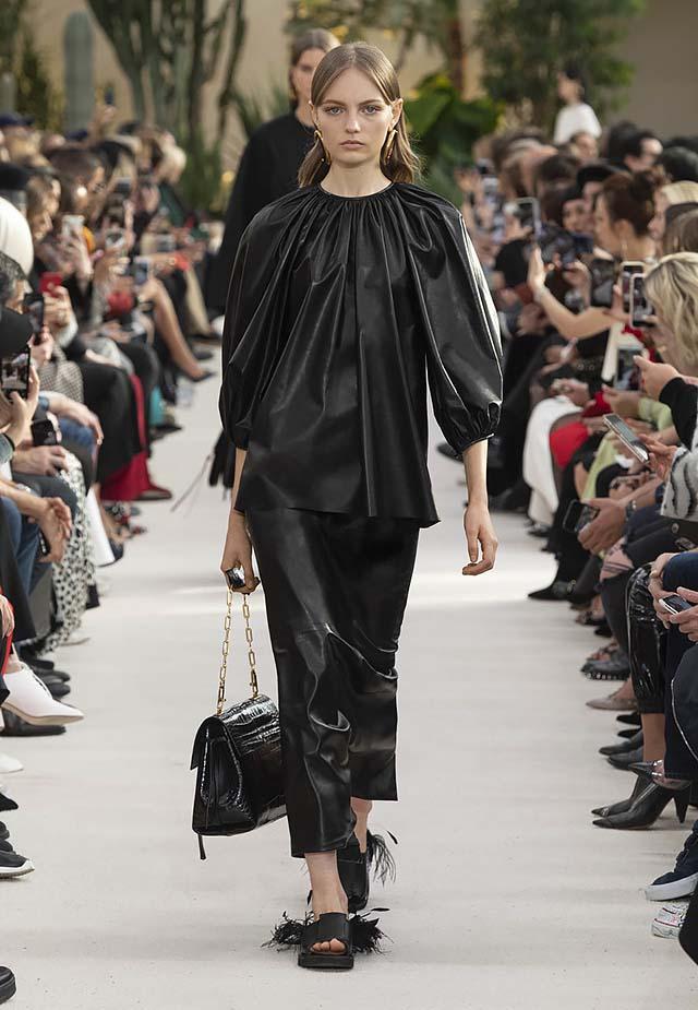 Valentino-Spring-summer-2019-ss19-rtw-collection-looks-6-skirt-fringe-shoe