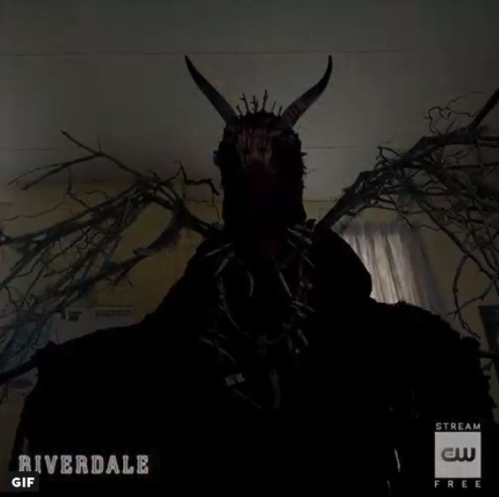 gargoyle king betty mystery riverdale-season-3-scene tv series-
