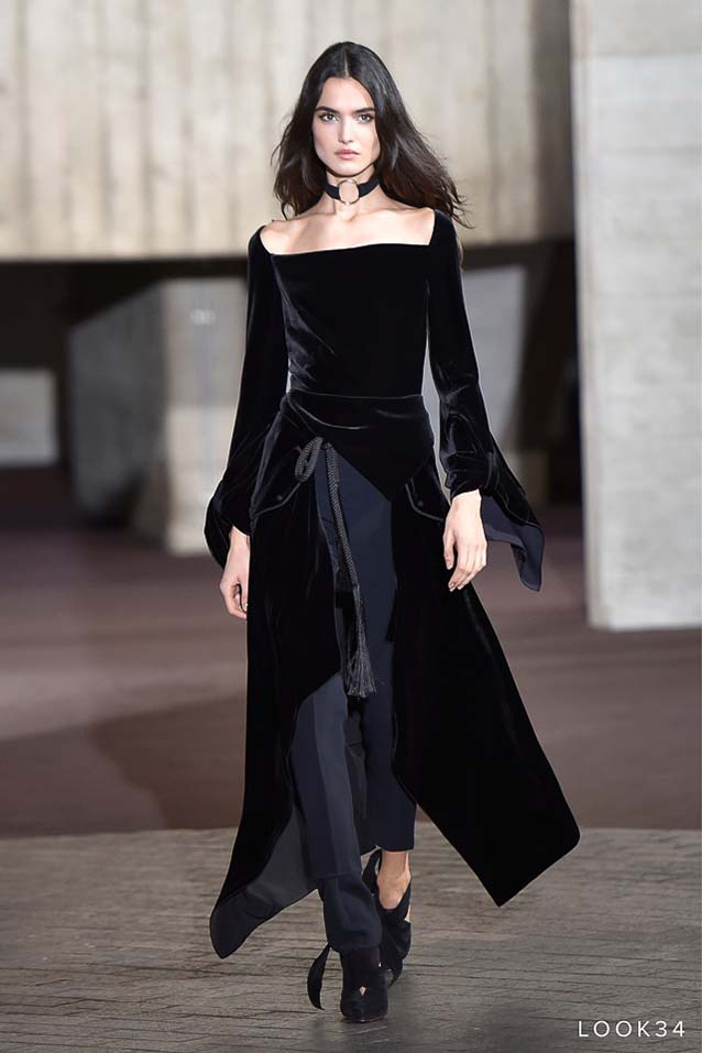 high-low-Roland-Mouret-fw17-rtw-fall-winter-2017-18-collection-34-black-velvet-top