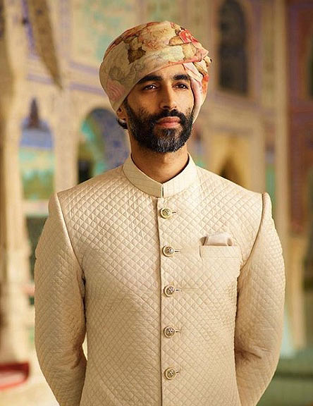 mens-ethici-trends-latest-quilted-sherwani-sabyasachi-mukherjee