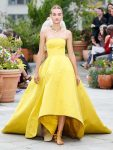 oscar-de-la-renta-spring-summer-2019-collection-ss19-26-high-low-gown