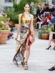 oscar-de-la-renta-spring-summer-2019-collection-ss19-4-wrap-dress