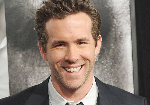 reynolds-best-celebrity-smile-celebs-beautiful-handsome