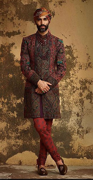 sabyasachi-mukherjee-latest-trends-mens-indian-wear-sabyasachi-mukherjee