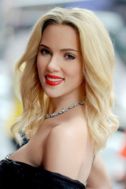 scarlett-johannson-best-celebrity-smile-beautiful